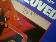 Moore, Roger Barbara Bach The Spy Who Loved Me 1977 LP Signed Autograph 007 James Bond Nobody Does It Better