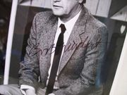 Newhart, Bob Photo Signed Autograph Newhart 1986