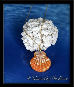 Bright Tangerine Orange and White Hawaiian Sunrise Shell Gold Necklace