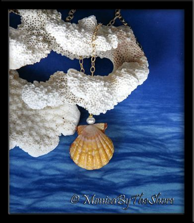 Double (pair) RED Hawaiian Sunrise Shell Gold Chain Necklace