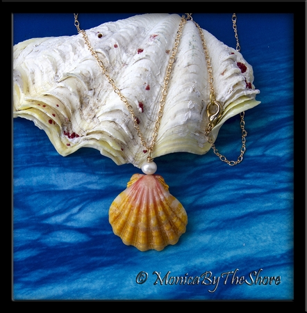 Jumbo Hawaiian Sunrise Shell and Cultured Pearl Gold Necklace