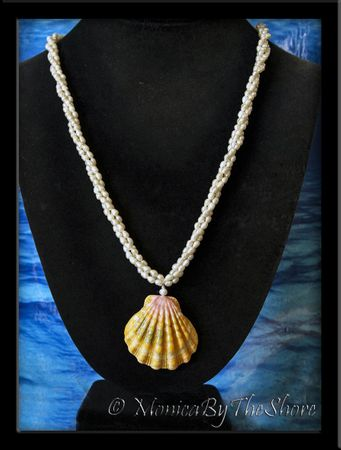 Jumbo Hawaiian Sunrise Shell Three Strand Pearl Elegant Necklace