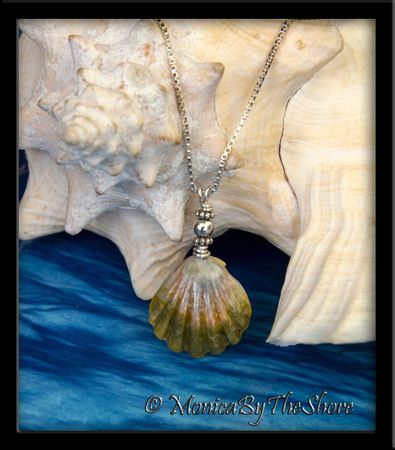 Vintage Style Hawaiian Moonrise Sunrise Shell Silver Necklace