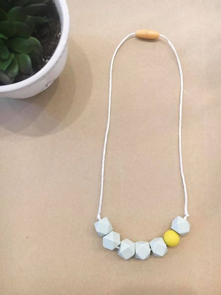 Teething Necklace | Child Light Gray