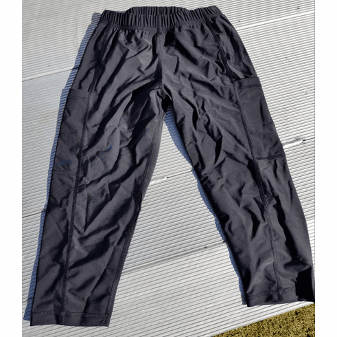 Double Pocket Capris Black - stocked