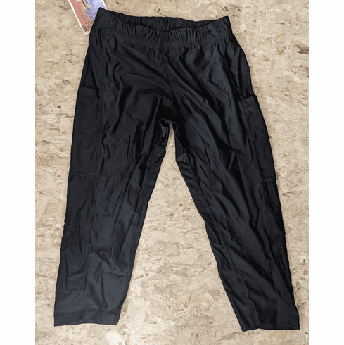 Double Pocket Capris Solid Black - stocked