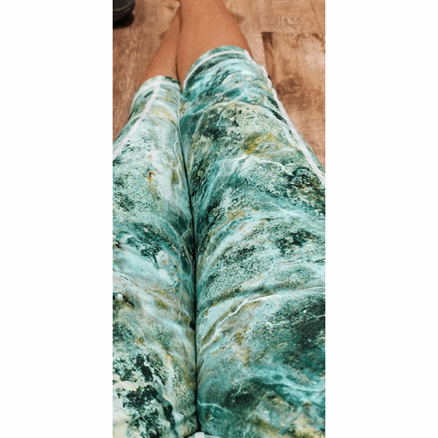 Double Pocket Capris Jade Marble