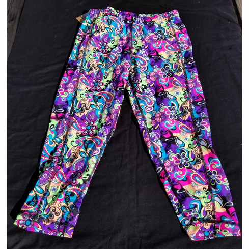 Double Pocket Capris Neon Paisley