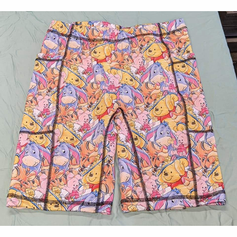 Double pocket shorts pooh and friends