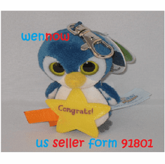 10791 Penguin YooHoo Greeting Clip-On  With Congrats! On A Star