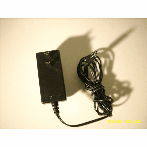 Pin size 2.5mm 9V 2A AC/DC Power Adapter