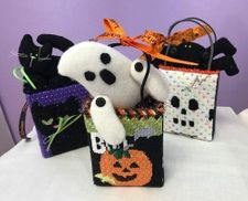 Halloween Mini Bags with Critters