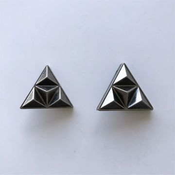 New Vintage Cones Triangle Collar Tip Brooch 1 Pair With Screws