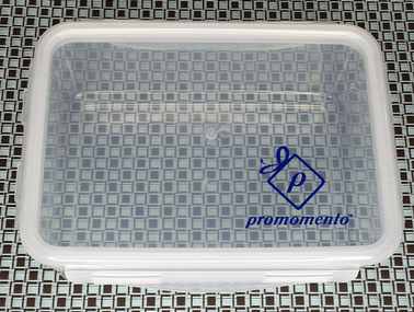 Food Storage Container with Clip Locks