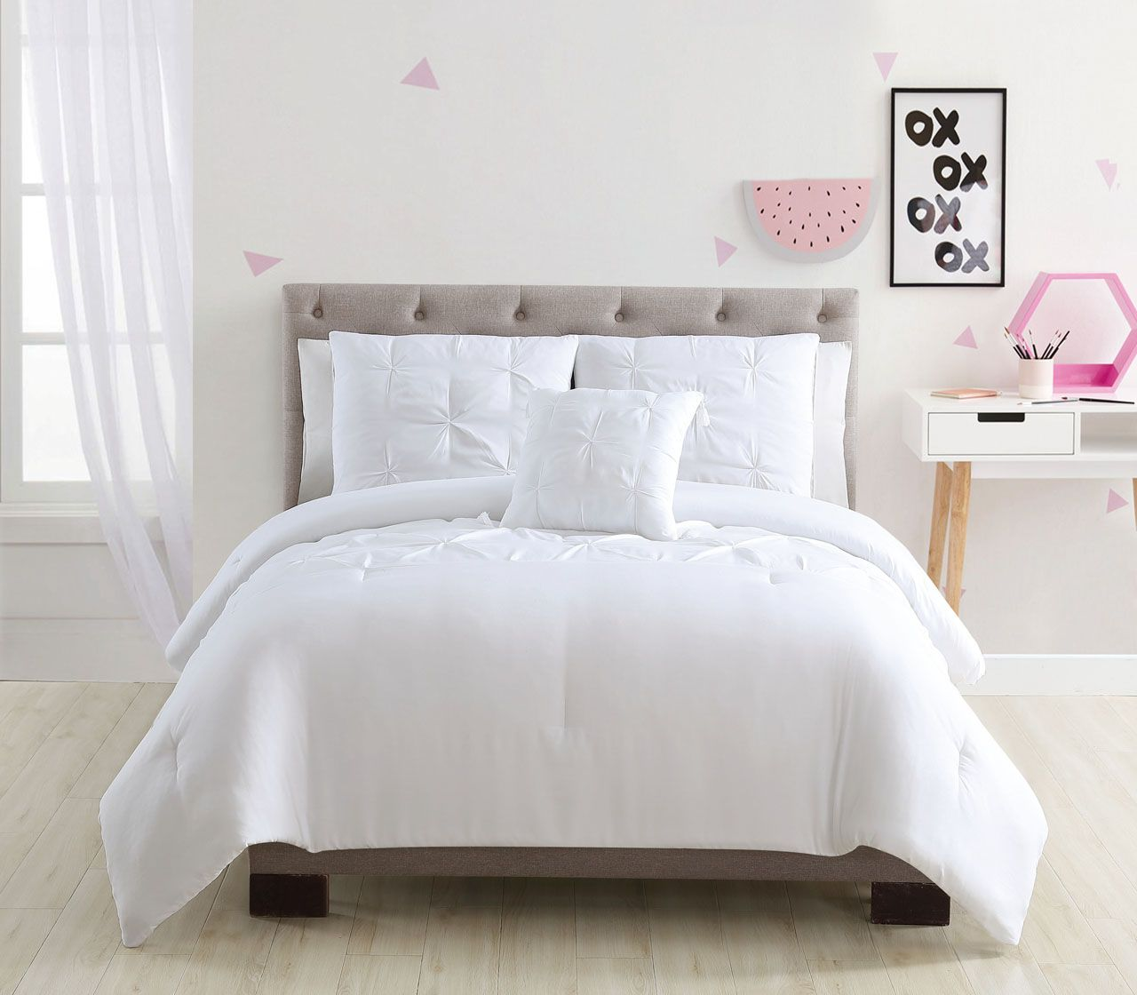 8 Piece Mia White Bed In A Bag Set