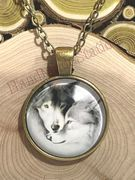 Black & White wolf yellow bronze pendant necklace