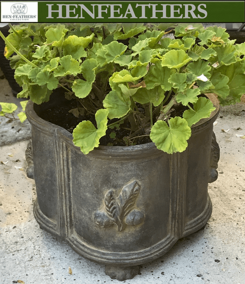 Oak Leaf Footed Planter {USA}
