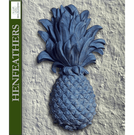 Welcome Pineapple Wall Decor