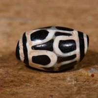 Old Tibetan Lotus DZI Bead