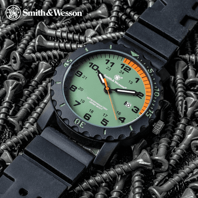 Smith & Wesson AP2382 Grenadier Land And Sea Rescue Watch