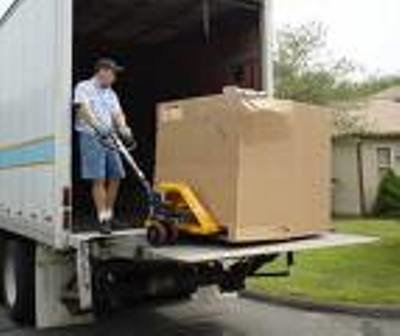 """<b><font color=""""black""""><font size=""""4"""">FREE DELIVERY with Liftgate to Your Door on most VEHICLES!</font></font></b>"""