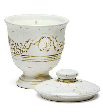 Tuscan Currant Ivory Cream Crackle Lidded Medium French Urn Nouvelle Candle