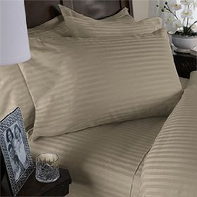 300TC 8PC Bed in a Bag with Down Alternative Comforter (Style: Stripe)