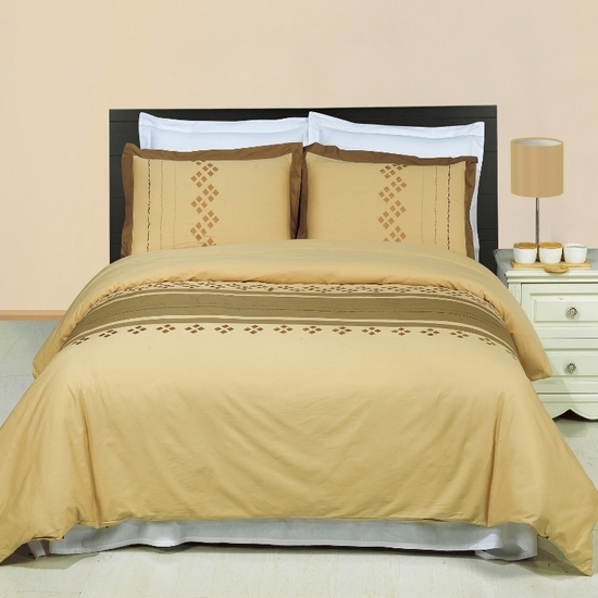 Lakewood Embroidered 100% Cotton 3-Piece Duvet Cover Set