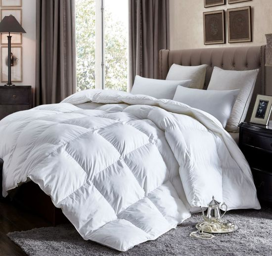 Luxurious California King Size Lightweight GOOSE DOWN Comforter Duvet Insert All Season, 1200 Thread Count 100% Egyptian Cotton, 750+ Fill Power, 42 oz Fill Weight, Hypoallergenic, White Color
