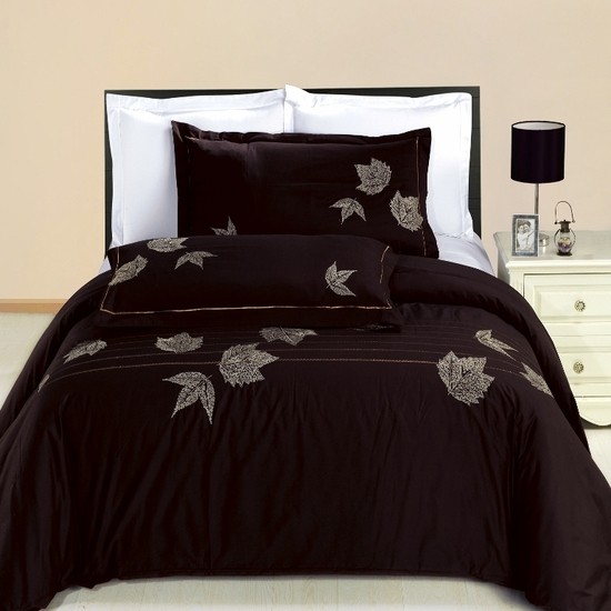 Newbury Embroidered 100% Cotton 3-Piece Duvet Cover Set