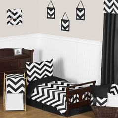 Black and White Chevron Toddler Bedding - 5pc Set by Sweet Jojo Designs