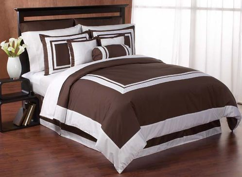 Chocolate and White Hotel Duvet Comforter Cover 6-pc Bedding Set - Click to enlarge