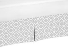 Gray and White Crib Bed Skirt for Diamond�Baby Bedding Sets by Sweet Jojo Designs