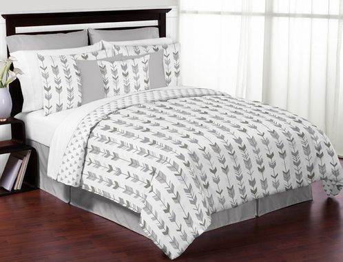 Grey and White Woodland Arrow Boy or Girl Full / Queen Kid Childrens Bedding Comforter Set by Sweet Jojo Designs - 3 pieces - Click to enlarge
