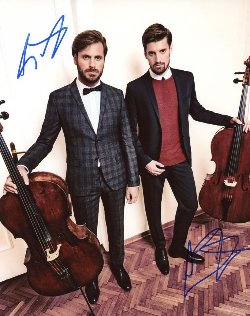 LUKA SULIC & STJEPAN HAUSER - 2Cellos AUTOGRAPH Signed 8x10