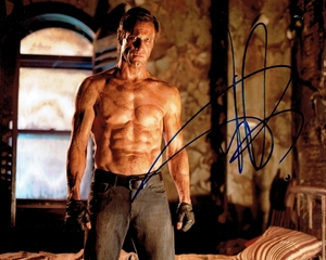 Aaron Eckhart Signed 8x10 Photo