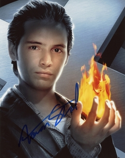 Aaron Stanford Signed 8x10 Photo