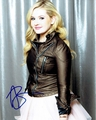 Abigail Breslin Signed 8x10 Photo