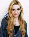 Abigail Breslin Signed 8x10 Photo - Video Proof