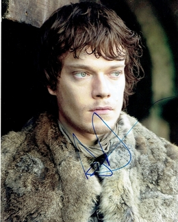 Alfie Allen Signed 8x10 Photo - Video Proof