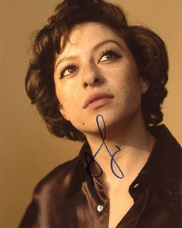 Alia Shawkat Signed 8x10 Photo