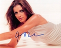 Amanda Peet Signed 8x10 Photo