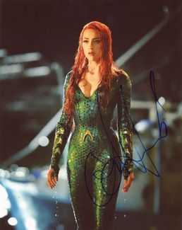 Amber Heard Signed 8x10 Photo - Video Proof