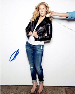 Amy Schumer Signed 8x10 Photo
