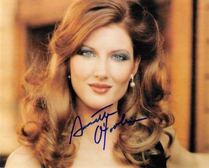 Annette O'Toole Signed 8x10 Photo