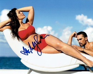 Ashley Graham Signed 8x10 Photo