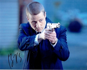Ben McKenzie Signed 8x10 Photo