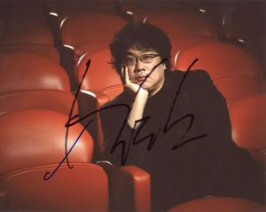 Bong Joon-ho Signed 8x10 Photo