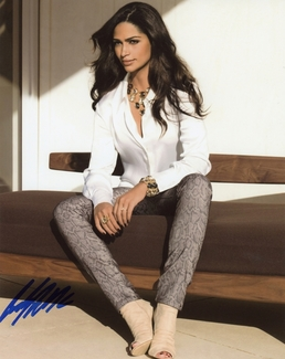 Camila Alves Signed 8x10 Photo