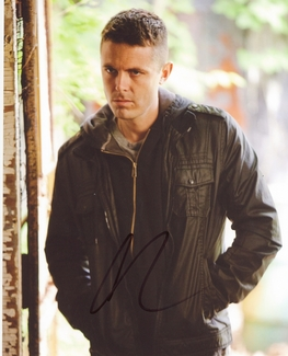 Casey Affleck Signed 8x10 Photo